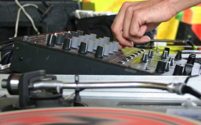 EQs – Smooth Transitions or DJ Pastime?