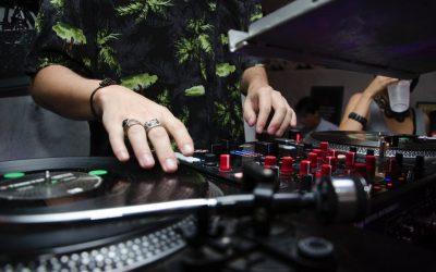 The Vinyl Frontier: DJs' Xmas List